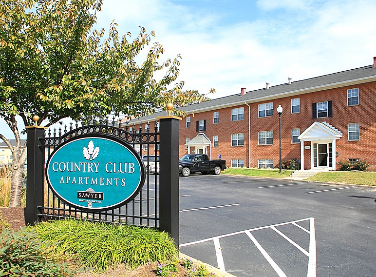 Country-Club-7